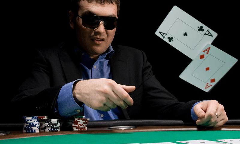 fold Tell avversari e l'importanza del bluff