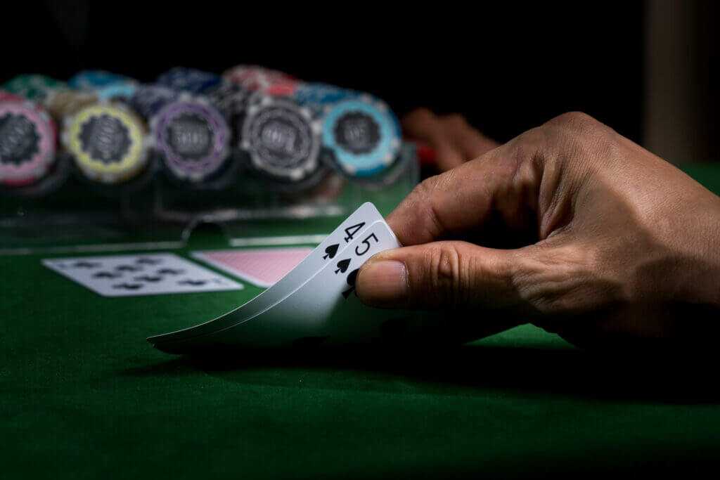 le caratteristiche principali delle migliori poker room online