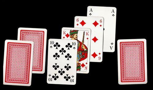 come si gioca al seven card stud hi lo poker