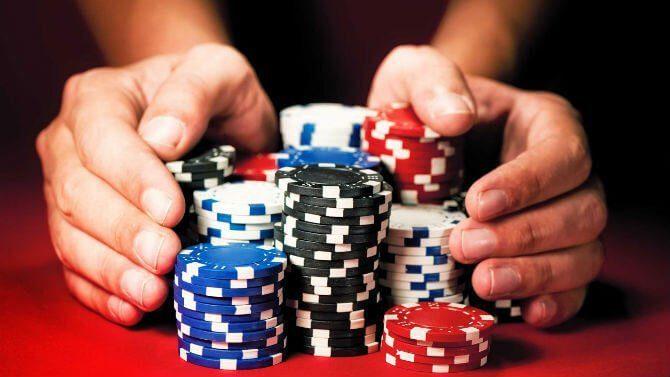 tattiche per vincere a poker online
