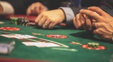Come rimanere concentrati durante una partita di poker